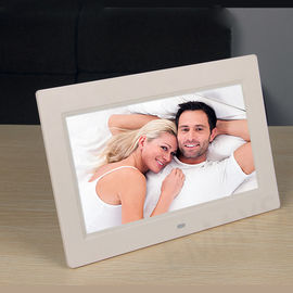 "3.5-7W LCD Digital Photo Frame 7"" 250-300cd/m2 Brightness For Family / Commercial"